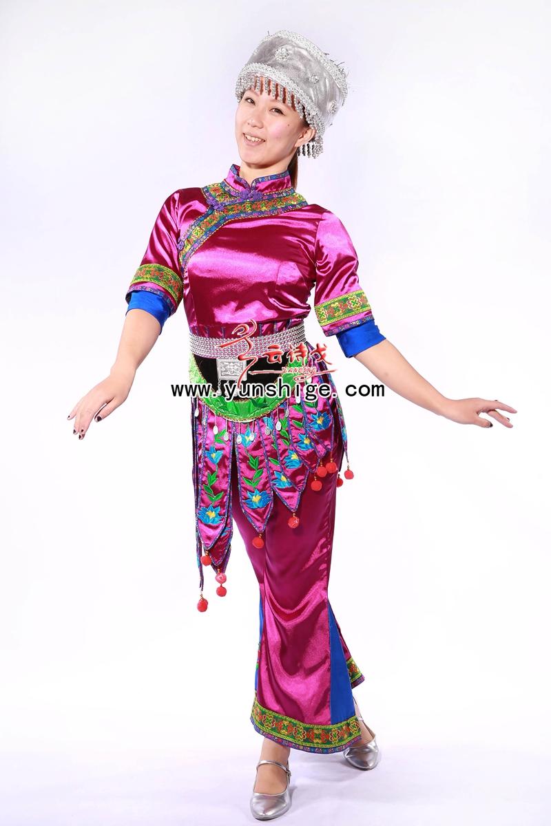 定制各种少数民族演出服装